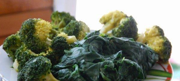 verdura di stagione - broccoletti e spinaci